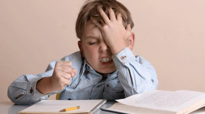 Ребенок не хочет ходить в школу. Что делать?
